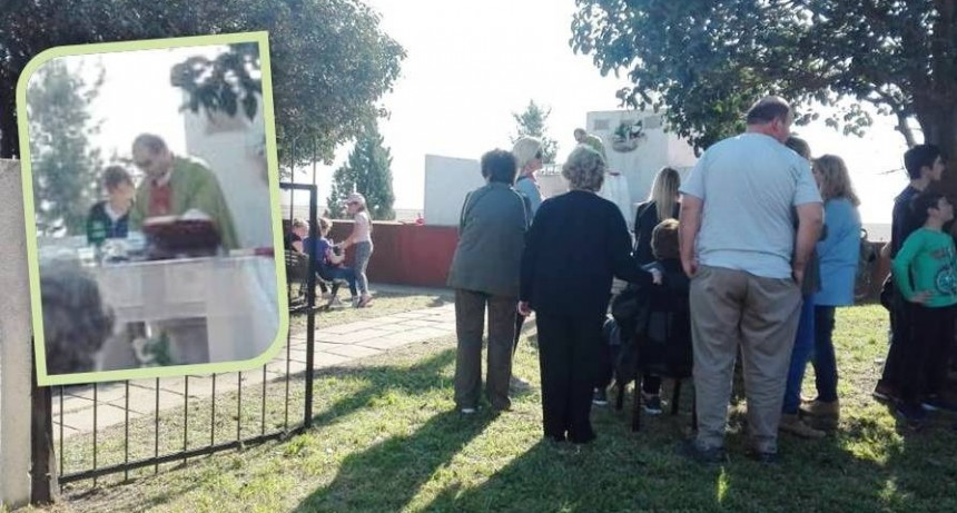 CELEBRACIÓN EN ZONA RURAL - MONUMENTO A LA CRUZ